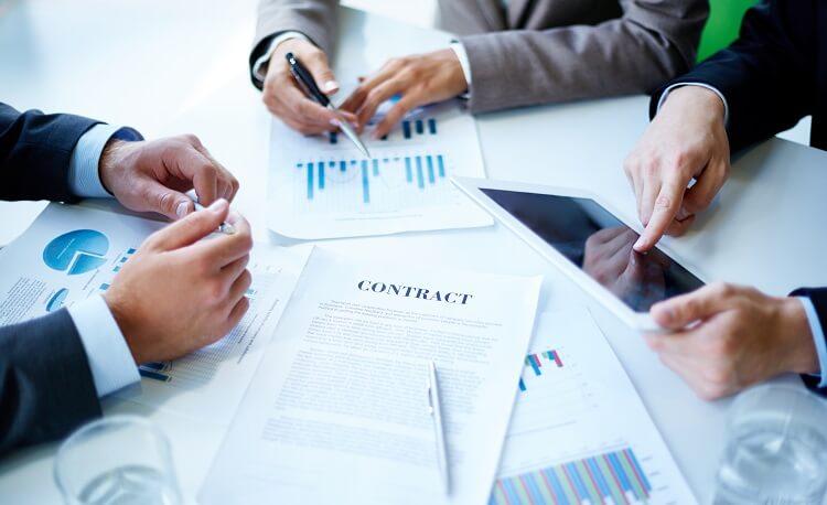 5 دلیل که مشاغل به سمت مدیریت معاملات آنلاین رو می آورند